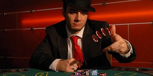"""Giocare a Poker: chi è il giocatore """"Rock""""?"""
