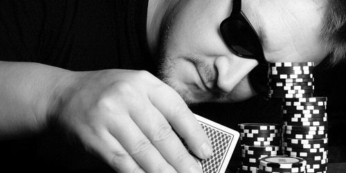 """Giocatori di Poker: conosciamo il """"tight passive"""""""