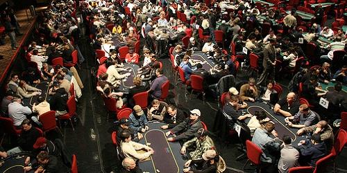 Tornei Poker: come giocare ai tornei online programmati